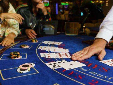 R. Paul Wilson On: Do Casinos Cheat?